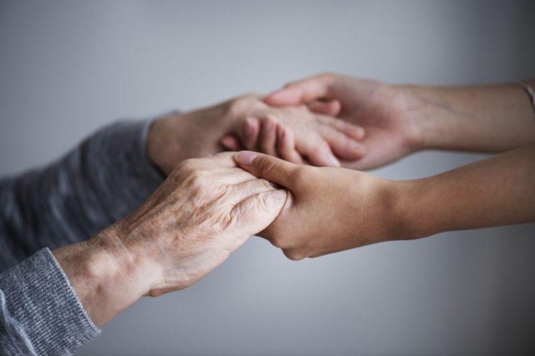 Błędy w komunikacji z osobą starszą