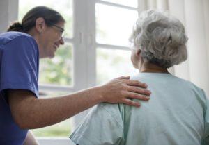 Samodzielność osób starszych – jak ją wspierać?